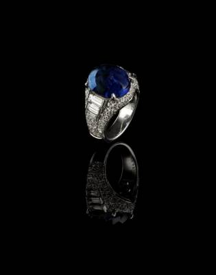 Bulgari jewel auction miami